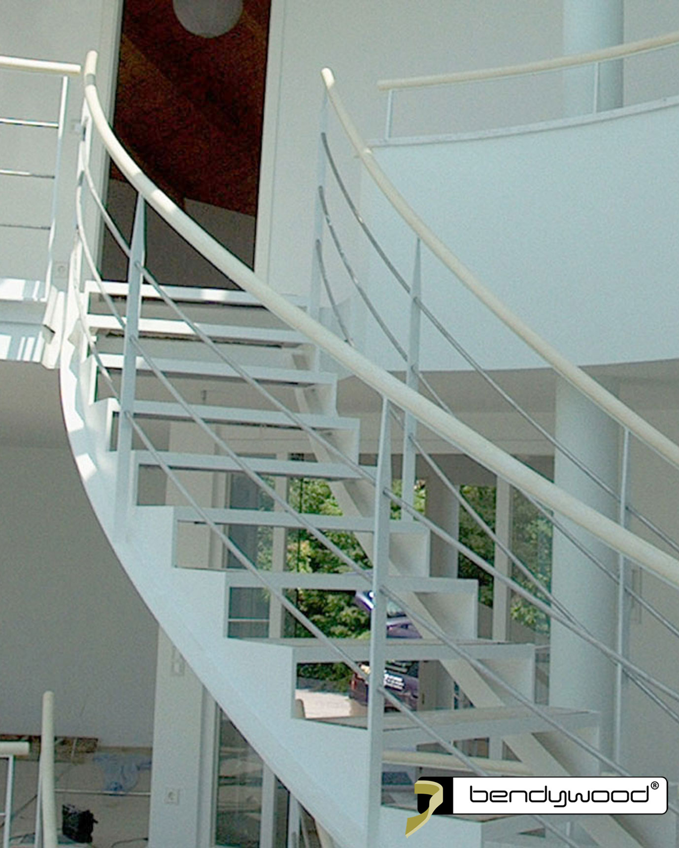Bending stair handrails in Bendywood®-maple for staircases